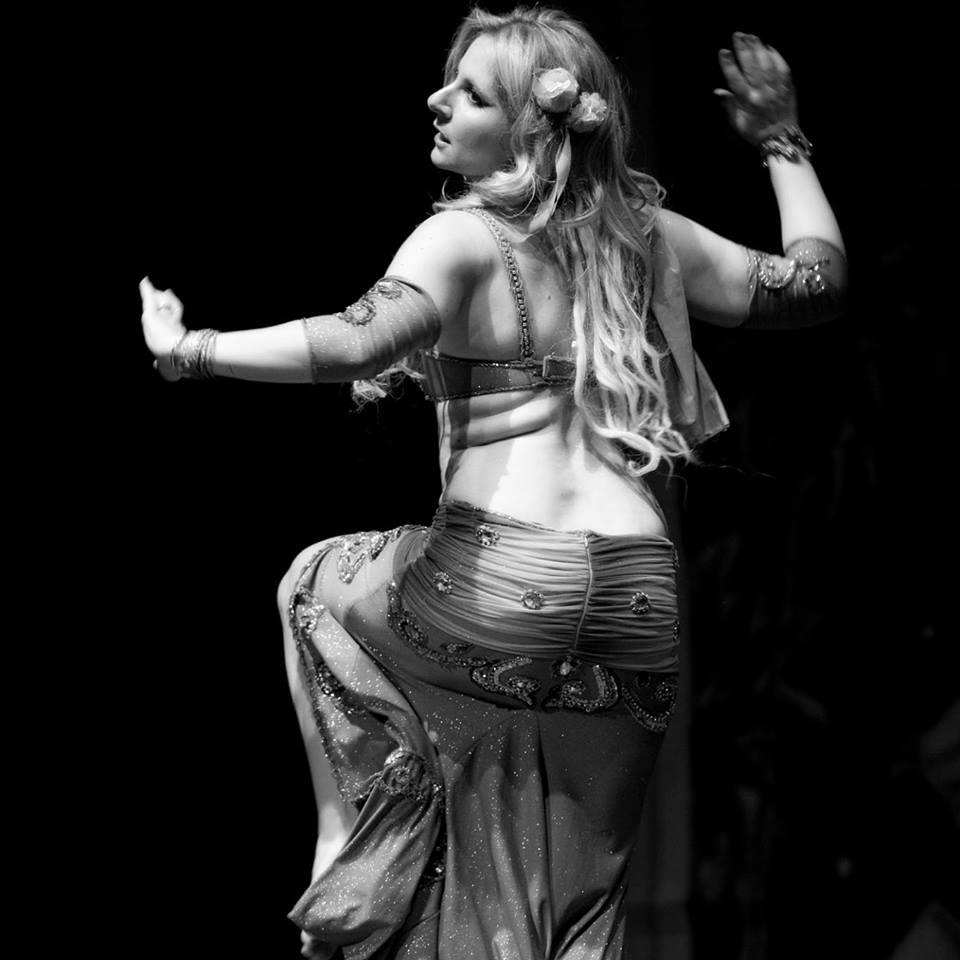 Ballerina danza del ventre